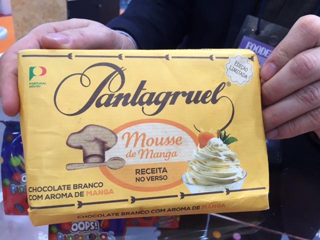 チョコレート(製菓用マンゴ味のホワイトチョコ!)
