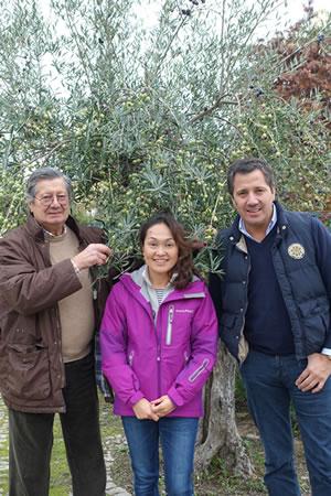 CARMのセルソさん&フィリッペさん親子と店長ヒロノ