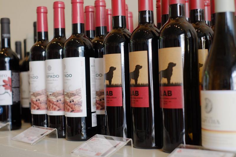 赤ワインも気軽なものからスペシャルフルボディまで