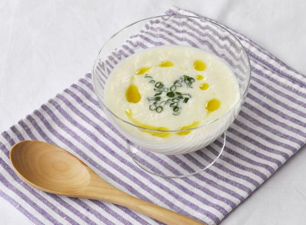 胃にやさしい豆乳のビシソワーズ
