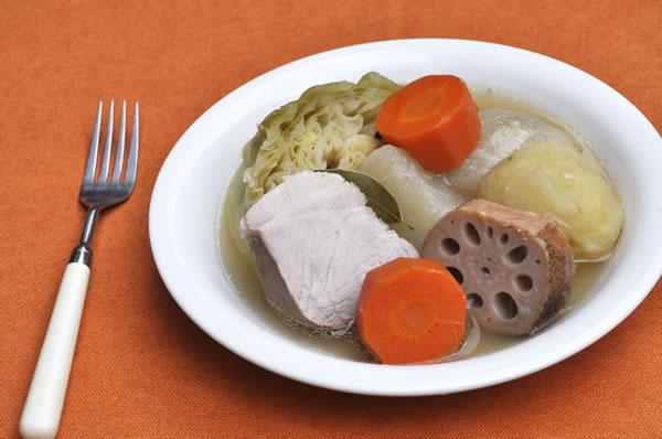塩豚とごろごろ野菜のポトフ