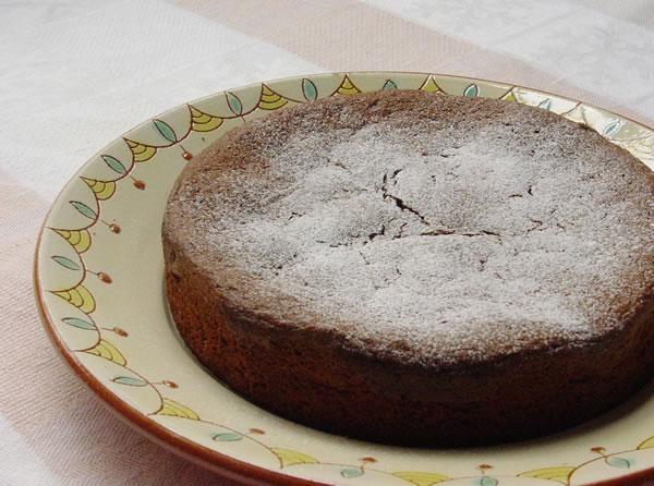 カカオとオリーブオイルが出会った!大人のためのチョコレートケーキ
