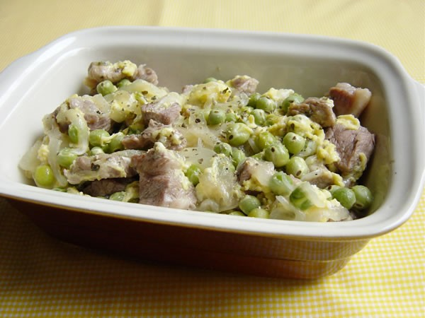 ポルトガルのお惣菜~豚肉とうすいえんどう豆