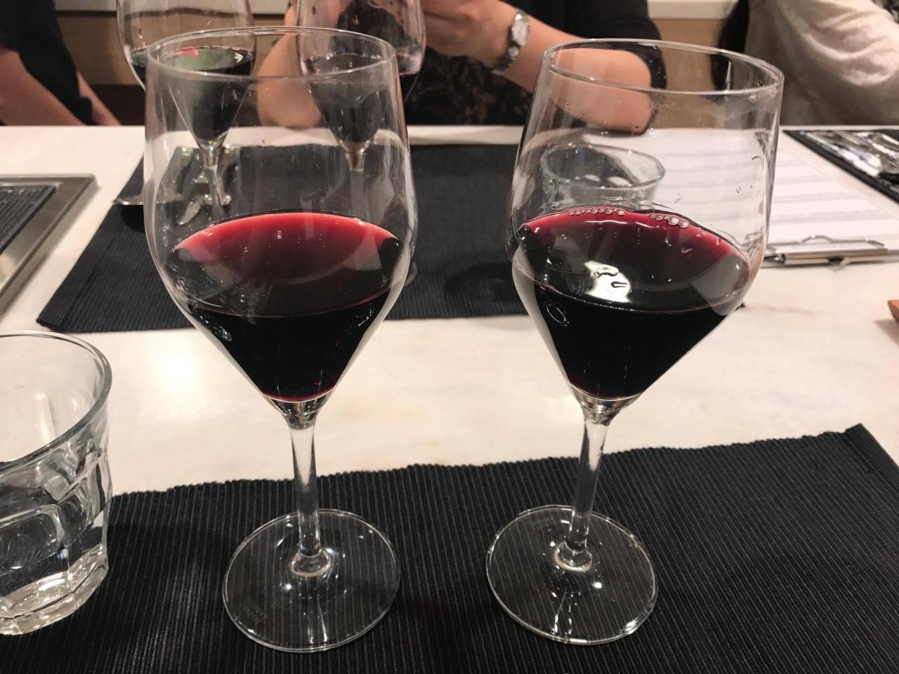 赤ワイン2種類、比べて飲むと違いが楽しめます!