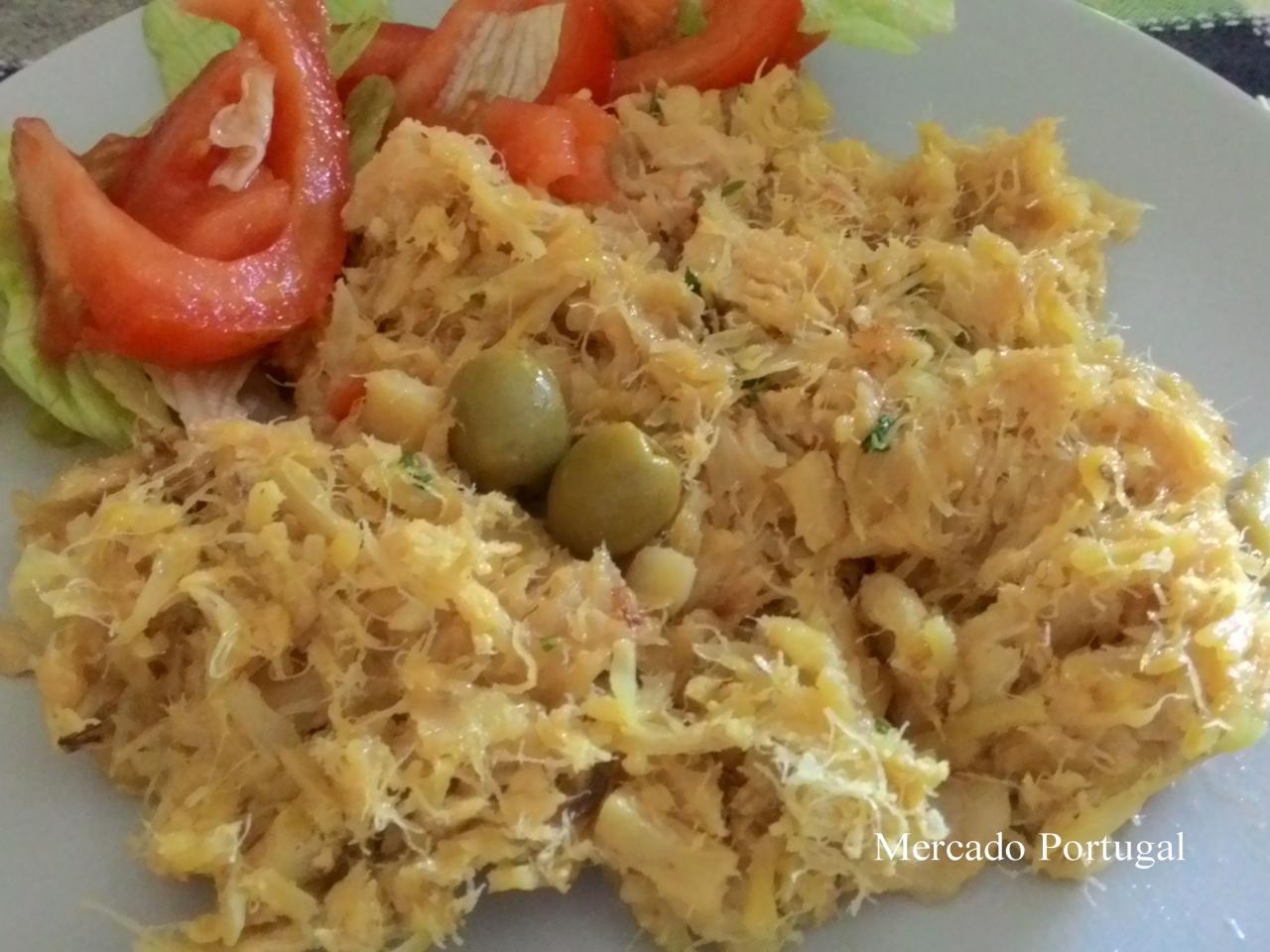 みんな大好き干しダラの卵とじ(バカリャウ・ア・ブラシュBacalhau à Brás)