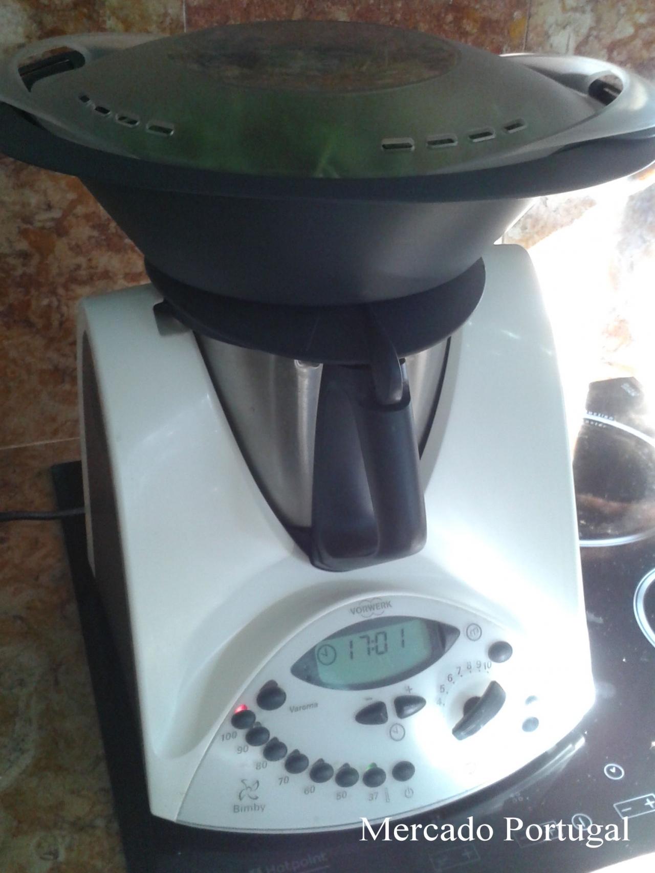 忙しいお母さんの味方、スープが簡単にできるマシーンも人気です。