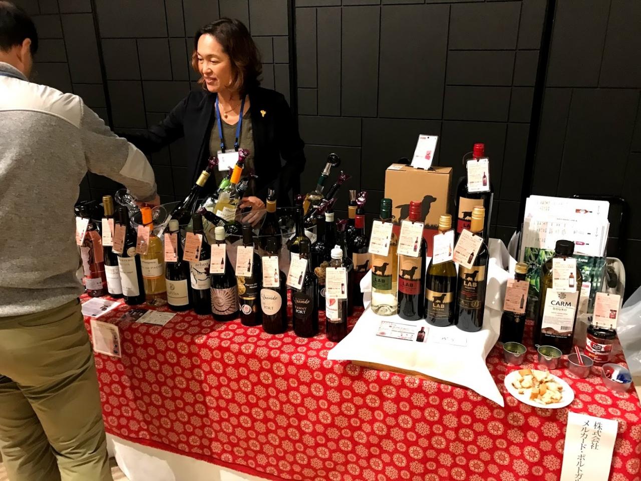 今回ご紹介したワインは18種類、そして食材も。