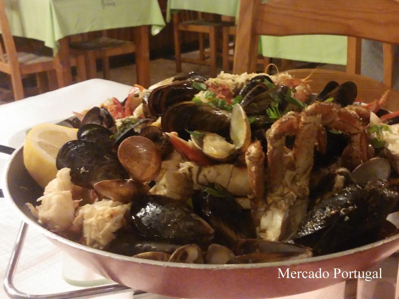 まるで貝塚…さすがのポルトガル。豪快です。