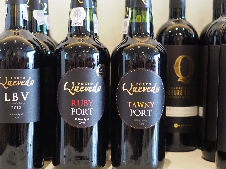 寒い季節にはポートワインもおすすめ!甘くてアルコール高めの大人のデザートワイン♪
