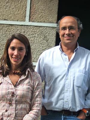 キンタ・ダ・ペラーダ オーナーのアルバロさんと娘のマリアさん