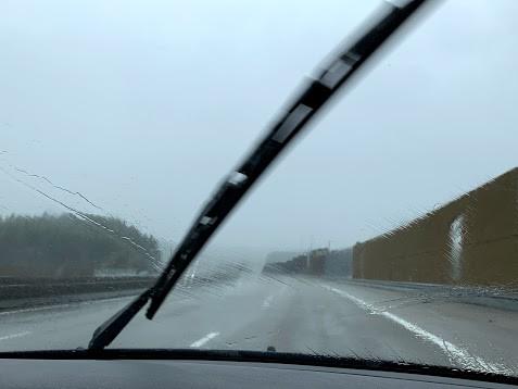 雨が降りしきる中、ポルトから北へ64キロ、ギマラインズを目指します。