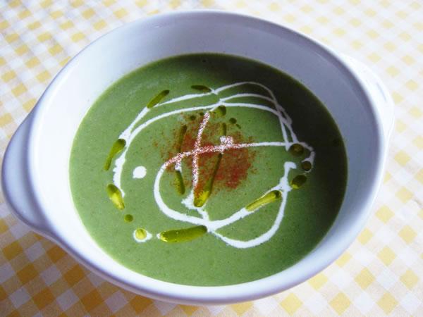 小松菜のグリーンスープ